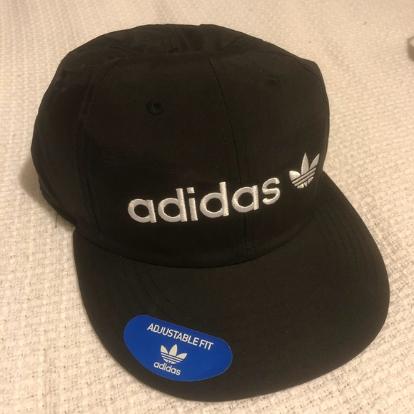 b2c7460d6ada0 (NOT FOR SALE) Adidas brand new dry fit SnapBack